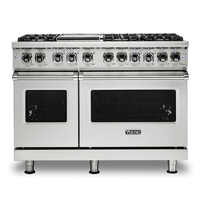 "VIKING<sup>®</sup> 48"" Gas Range - This Viking<sup>®</sup> Be a professional chef in your own home with this Viking<sup>®</sup>  gas range. Professional 5 series sealed burner gas range offers classic style and exceptional function.  Pro Sealed Burner system offers precision control to all burners. Inside the oven, there is a combined power of a 30,000 BTU u-shaped burner and 1500°F GourmetGlo™ infrared broiler."